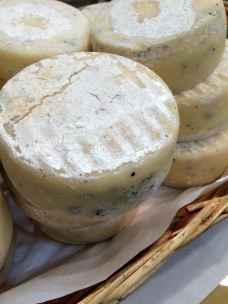 Exporurale, Pecorino toscano al tartufo