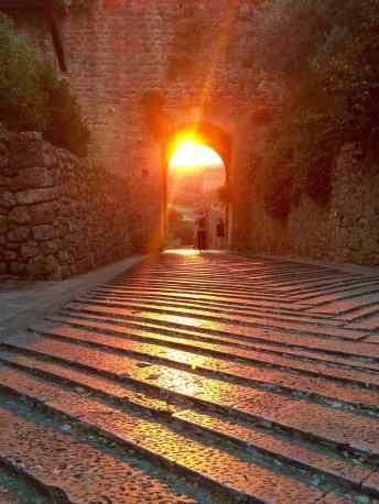 Monteriggioni, Raggi di sole da Porta San Giovanni