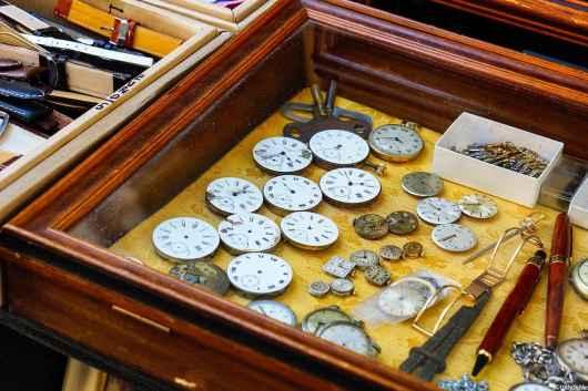 Chi non è mai stato affascinato dal meccanismo degli orologi?! Ecco cosa si può trovare in Fiera ad Arezzo...