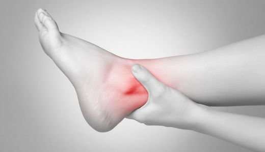 日常で多い足部疾患の治療や手術、リハビリを大公開!一覧検索はこちら。