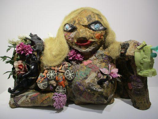 Belles ! Belles ! Belles ! Les femmes de Niki de Saint Phalle