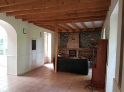 Salon et cheminée pour le pavillon