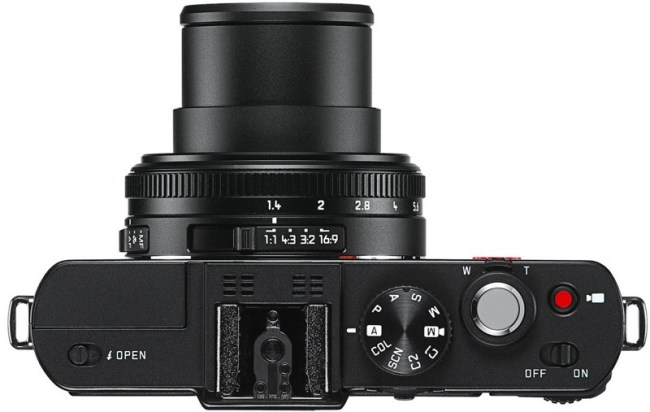 Leica анонсировала суперзум V-Lux 4 и компактную фотокамеру D-Lux 6