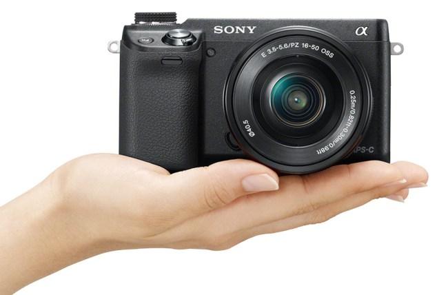 Sony представила компактную беззеркальную камеру NEX-6