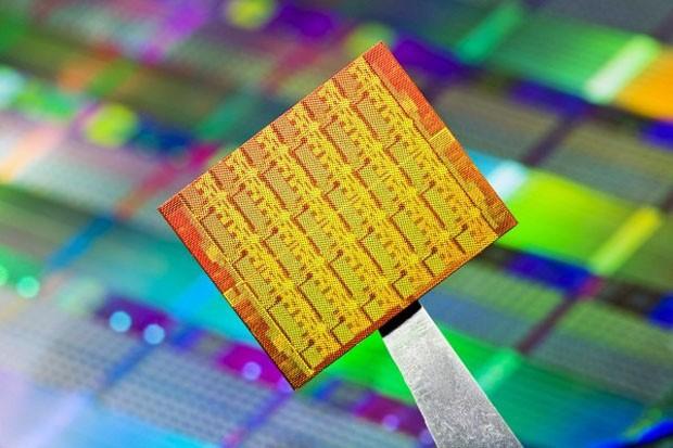 Intel занялась разработкой 48-ядерного процессора для планшетов и смартфонов