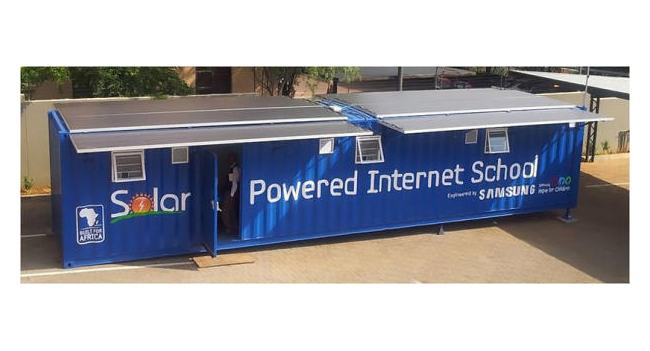 Samsung создала мобильную учебную комнату с солнечными панелями