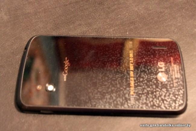 """Первые """"живые"""" фотографии смартфона LG Nexus"""