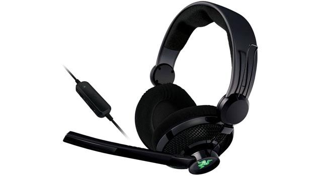 Razer выпустила обновленную гарнитуру Carcharias для Xbox360