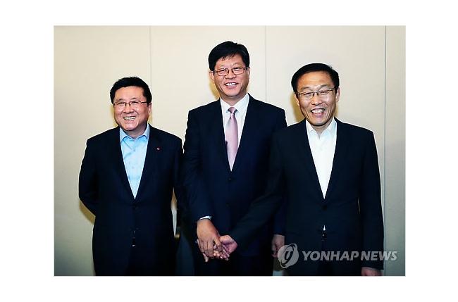 LG и Samsung согласились обойтись без адвокатов в патентных спорах о LCD и OLED дисплеях