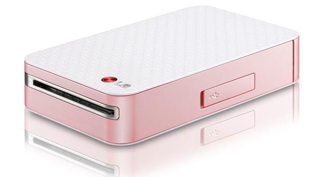 Летом LG начнет продавать в Украине портативный фотопринтер Pocket Photo PD223