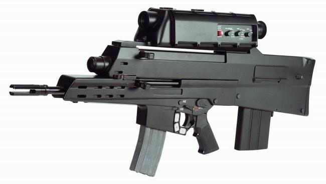 Штурмовая винтовка Alliant XM-29 – один из возможных вариантов вооружения пехотинца Land Warrior