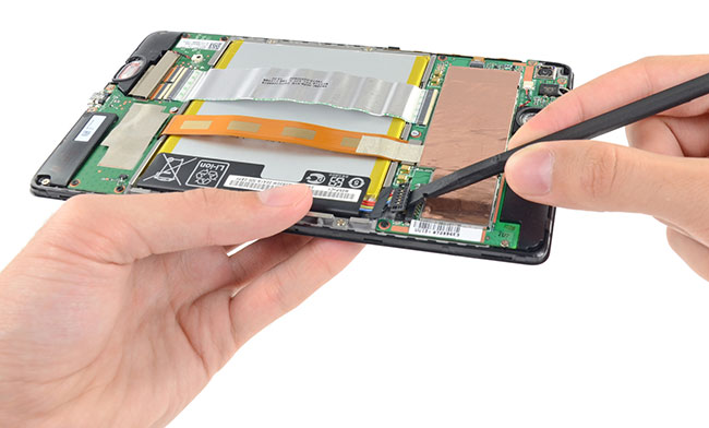 03-2-Nexus7-2013-iFixit