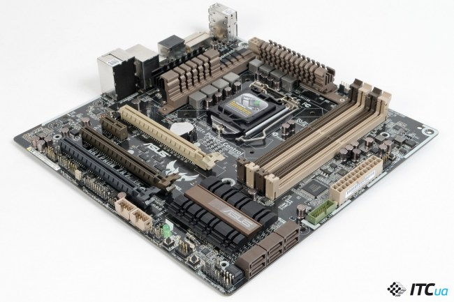 ASUS_Gryphon_Z87_11