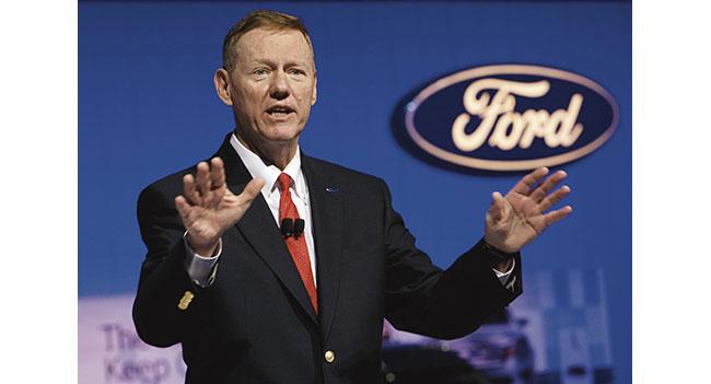 Глава Ford Алан Малалли является основным кандидатом на должность CEO Microsoft