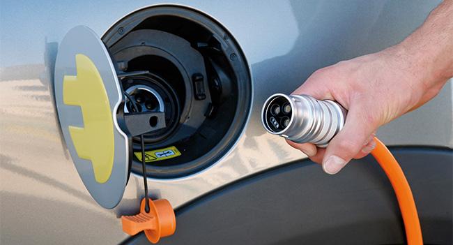 В Киеве будут открыты 20 станций для ускоренной зарядки электромобилей
