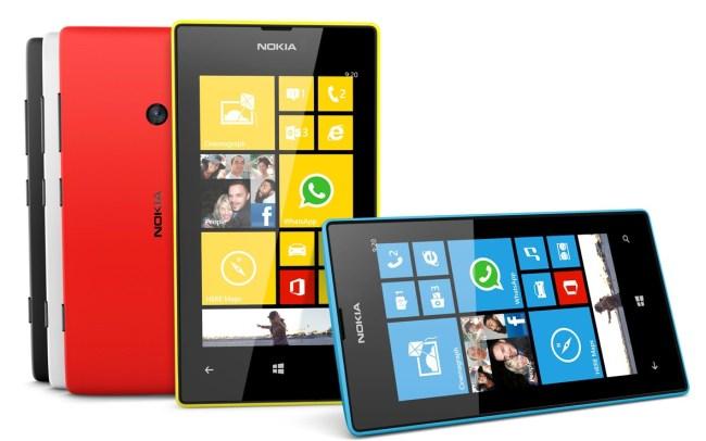 Nokia_Lumia_520_family_3