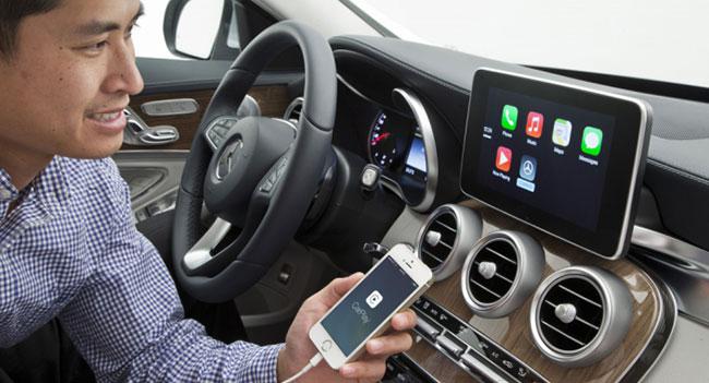 Mercedes-Benz планирует внедрить поддержку CarPlay для старых моделей автомобилей