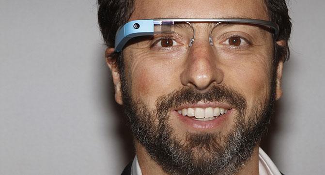 Использование Google Glass во время управления автомобилем может быть небезопасным