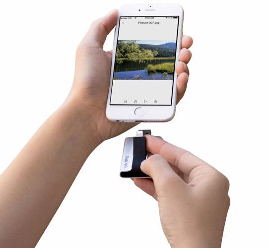 SanDisk выпустила флэш накопитель iXpand для iPhone и iPad