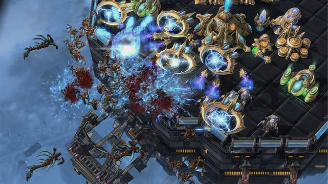 starcraft_2_heart_of_the_swarm.0