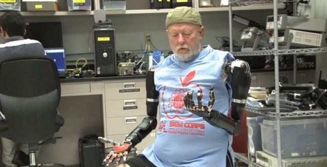 robot-arms-820x420