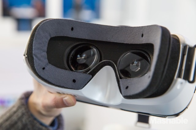 Samsung-Gear-VR-13-640x426
