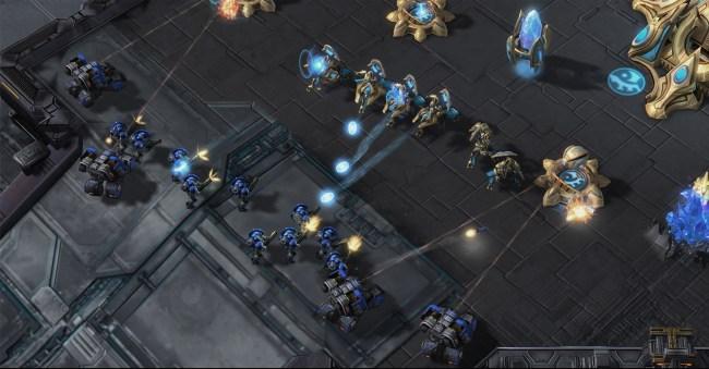 StarCraft_II_LotV_GDC_CB_Preview_Adepts_Defending.0