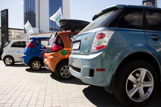 В Киеве состоялся пробег электромобилей