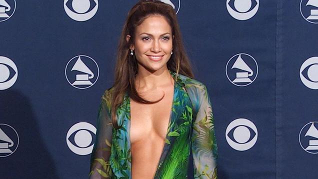 Откровенное платье Дженнифер Лопес вдохновило Google на создание сервиса Google Images