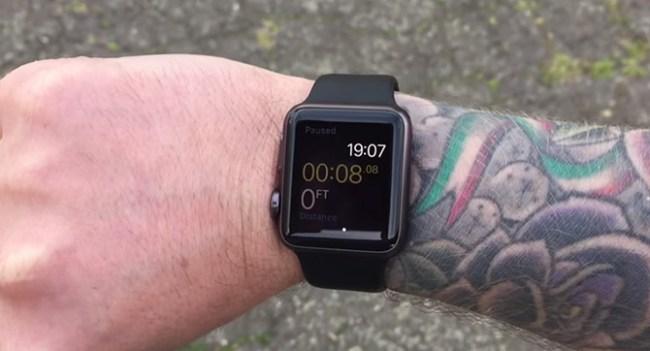 Татуировки на руке мешают корректной работе сенсоров Apple Watch