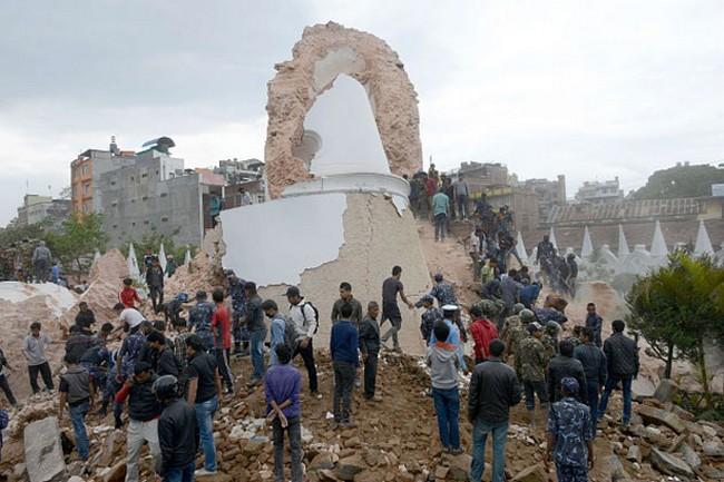 nepal-earthquake-prakash-mathema-afp-getty