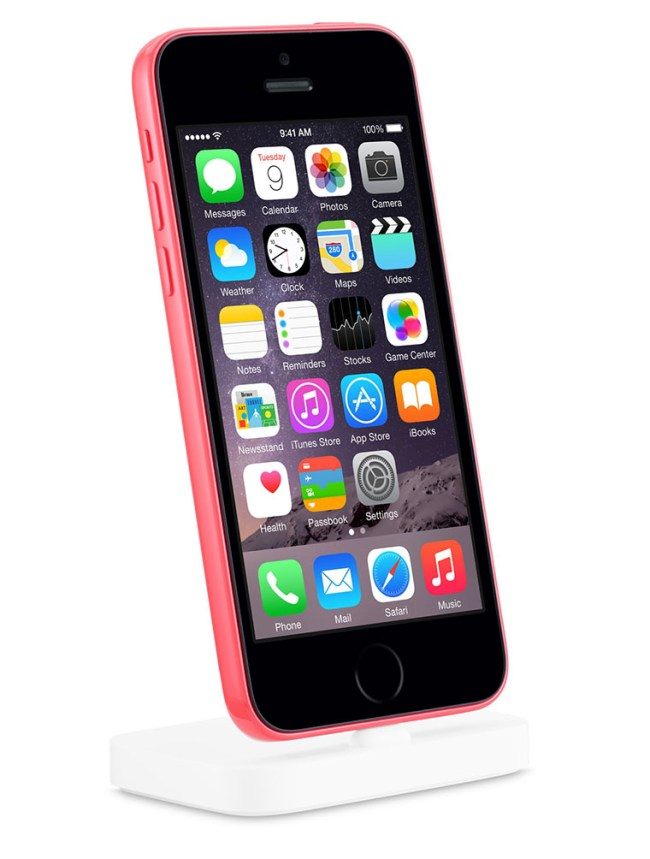 02-2-iPhone-5c-TouchID