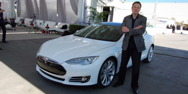 elon-musk-it-would-be-great-if-apple-got-into-the-car-business