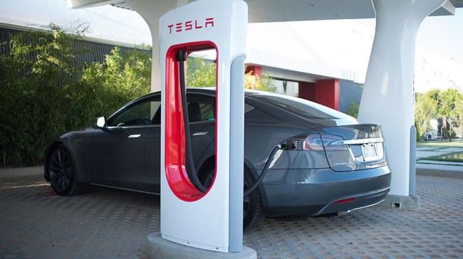 tesla_supercharger