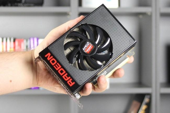 AMD_Radeon_R9_Nano_intro_671-2