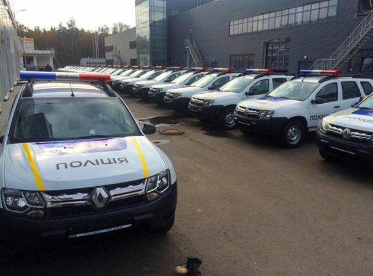 «Гибриды не справляются»: Национальная полиция Украины собирается заменить Toyota Prius более подходящими автомобилями