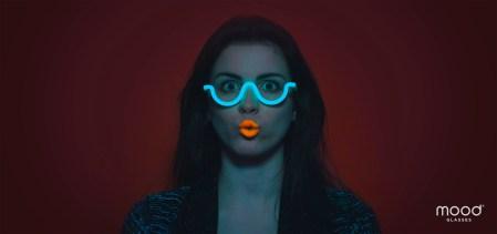 «Как под ЛСД»: первые в мире психоделические очки MOOD ищут финансирование на Indiegogo