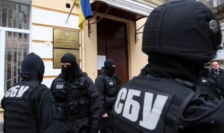 После обыска в KM Core президент холдинга Евгений Уткин обратился к Петру Порошенко с просьбой «создать прецедент прекращения беспредела» по отношению к IT-компаниям