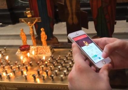 Обновлено: Российскому видеоблогеру грозит до пяти лет тюрьмы за игру в Pokemon Go в церкви