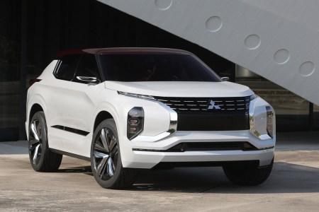 Mitsubishi GT-PHEV — концептуальный гибридный кроссовер с тремя электромоторами и полным запасом хода 1200 км
