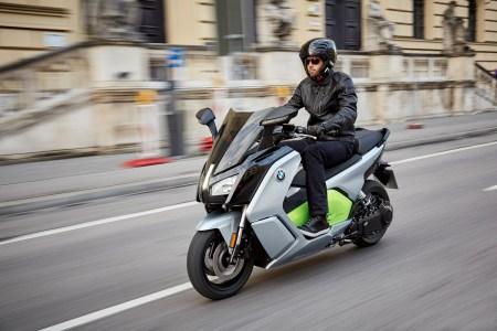 Представлен электроскутер BMW C Evolution нового поколения с максимальной скоростью 130 км/ч и запасом хода 160 км