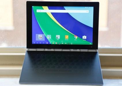 Lenovo анонсировала мощный гибридный планшет Yoga Book с большой сенсорной площадкой вместо клавиатуры