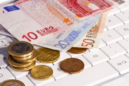 В Верховной Раде зарегистрирован законопроект №5361, который упростит использование электронных денег в Украине
