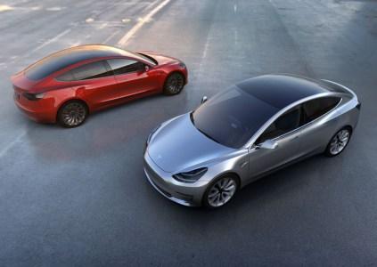 Использование станций Supercharger станет платным для всех новых владельцев электромобилей Tesla после 1 января 2017 года