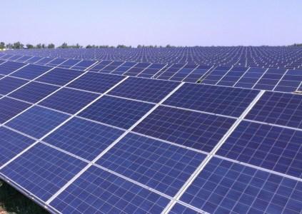 ВРУ снизила коэффициент «зеленого» тарифа для солнечных электростанций мощностью более 10 МВт