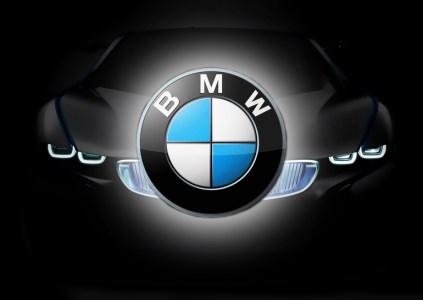 BMW удалённо заблокировала украденный автомобиль вместе с позарившимся на него угонщиком
