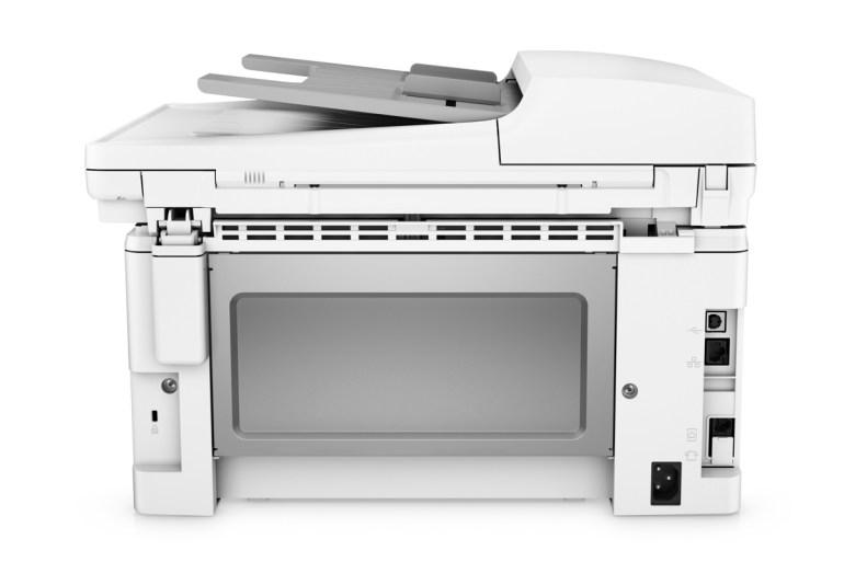 HP LaserJet Ultra M134fn: 6900 страниц в комплекте