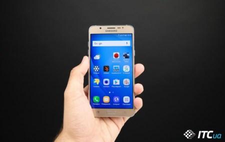 Смартфон Samsung Galaxy J5 (2017) получит 12-мегапиксельную фронтальную камеру