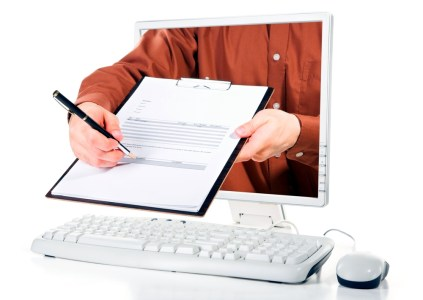 Нацполиция и ГФС проводят обыск в офисе компании-разработчика ПО для электронных деклараций