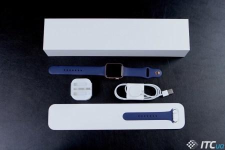 Продажи часов Apple Watch за прошедший год выросли почти вдвое